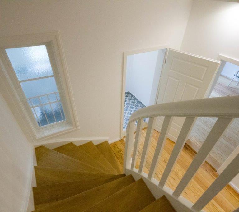 Renoviertes_Treppenhaus